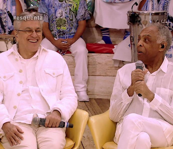 Caateno recebe elogio de Gil no Esquenta! (Foto: TV Globo)