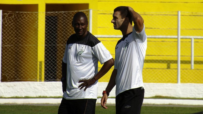 Júnior Rocha treinador do Luverdense (Foto: Assessoria/Luverdense Esporte Clube)