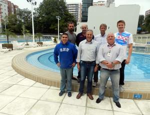 De olho em 2016, franceses visitam piscina do Grêmio Naútico União (Divulgação)