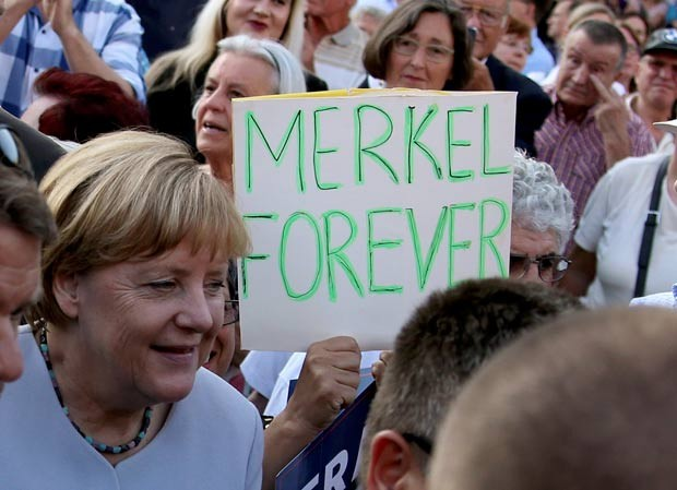 Merkel deve ser candidata ao 4º mandato para governar a Alemanha (Foto: Fabrizio Bensch/Reuters)