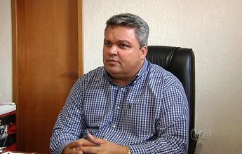 Diretor do Atlético-GO mantém calma e explica política de contratações