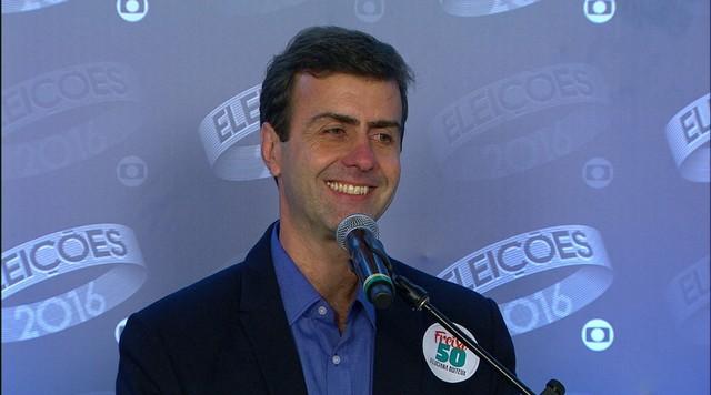 Marcelo Freixo (PSOL) concede entrevista coletiva após debate da Rede Globo