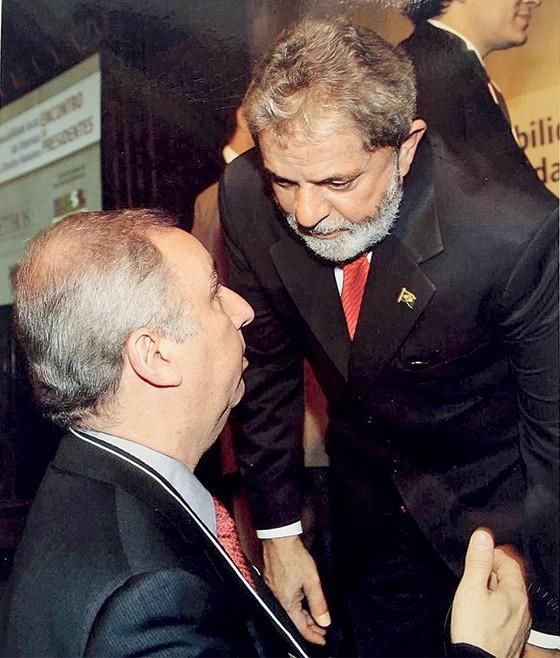 Lula e seu amigo, o pecuarista José Carlos Bumlai (Foto: Reprodução)