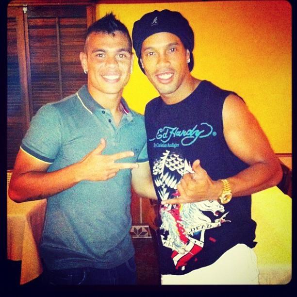 Bernardo e Ronaldinho Gaúcho postam foto (Foto: Reprodução  / Instagram)