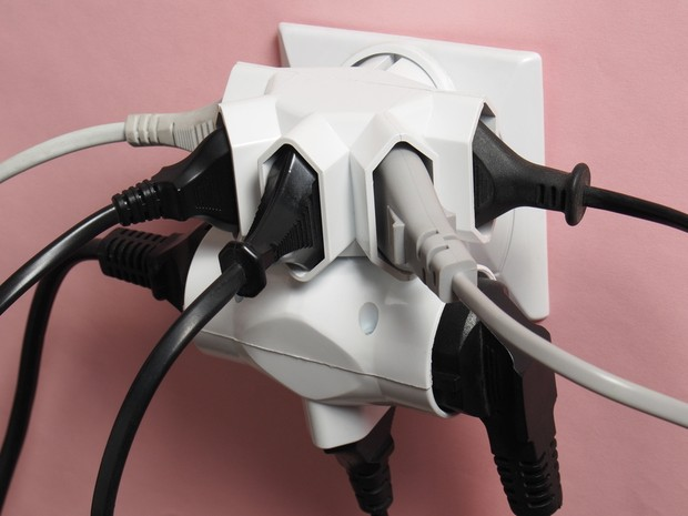 celpe_Pauta 11 - Saiba o que é fuga de corrente e como evitá-la  para não aumentar a sua conta de energia - foto (Foto: ajt/Shutterstock)