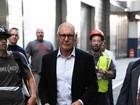 Harrison Ford aparece careca em set de novo filme
