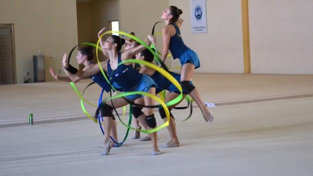 Meninas da Ginástica Rítmica de conjunto já pensam nos jogos do Rio (Foto: Felipe Martins/GLOBOESPORTE.COM)