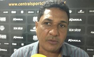 Técnico do Central, Flávio Barros  (Foto: Vital Florêncio / GloboEsporte.com)