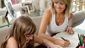 Pela filha, publicitária vira escritora de livros infantis