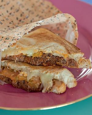 Tostex de carne de panela (Foto: Cacá Bratke/Editora Globo)