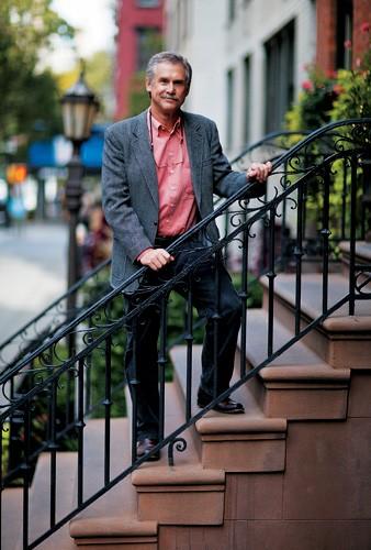 """MAL GLOBAL David Quammen em Nova York. """"As doenças estão ficando mais perigosas e globalizadas"""", afirma   (Foto: divulgação)"""