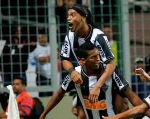 Ronaldinho Jô gol Atlético-MG x São Paulo (Foto: Yuri Edmundo / Ag. Estado)