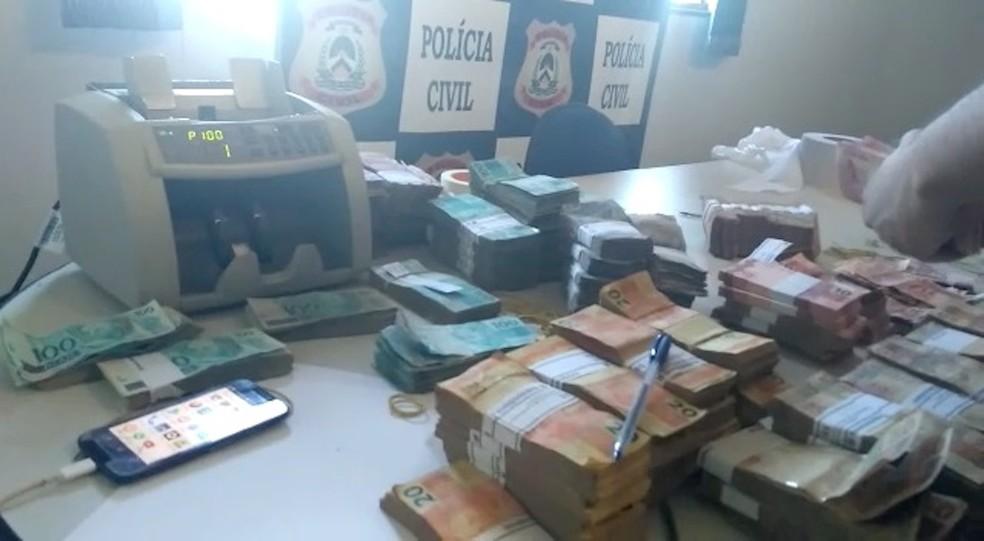 Dinheiro Gurupi (Foto: Cláudio Gomes/TV Anhanguera)
