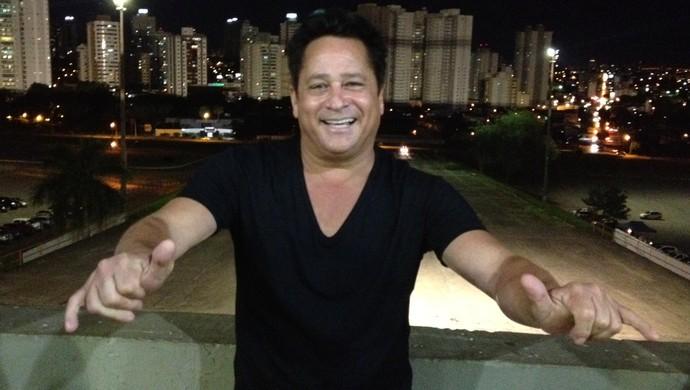 Leonardo, torcedor do Goiás (Foto: Sílvio Túlio/GloboEsporte.com)