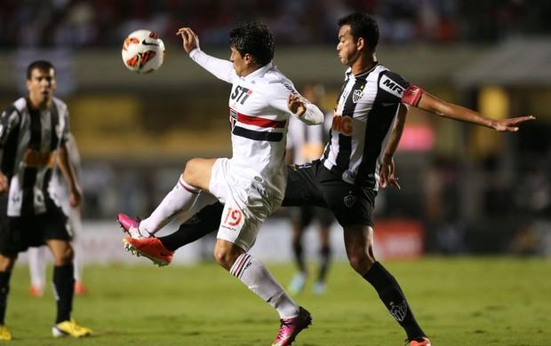 Rever atlético-mg e aloisio são paulo (Foto: Alex Silva / Agência Estado)