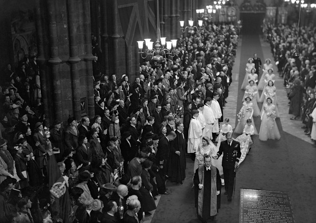 The Bridal Procession passes through Westminster Abbey. (Foto: PA Archive/PA Images)