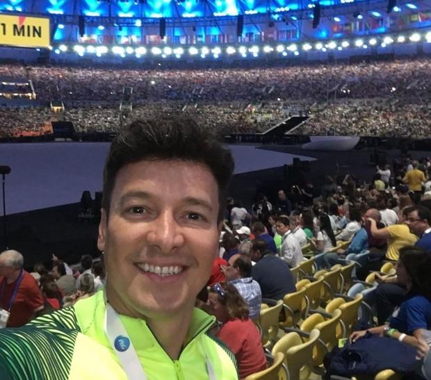 Rodrigo Faro na abertura da Olimpíada Rio 2016 (Foto: Reprodução/Instagram)