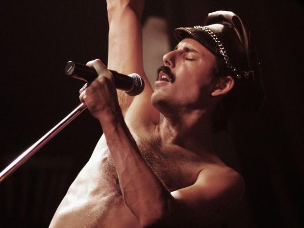 O argentino Pablo Padín faz performance de Freddie Mercury (Foto: Sarah Brown/ Divulgação)