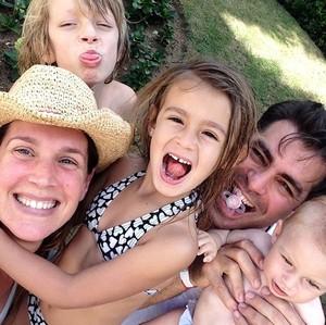 Thiago e Vaness são pais de Gael, Cora e Pilar (Foto: Arquivo Pessoal)