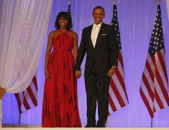 Michelle e Barack Obama: ela optou pela sobriedade nas duas posses do marido (Foto: reprodução)