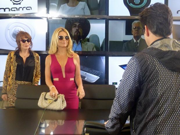 Pamela e Gláucia aparecem de surpresa na Marra  (Foto: Geração Brasil/ TV Globo)