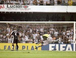 Dida Defesa do Chute do Anelka : Corinthians x Real Madrid Mundial de clubes 2000 (Foto: Getty Images)