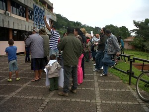 Protesto ocorreu na manhã desta segunda (15) em Joinville (Foto: Marcieli Palhano/RBS TV)