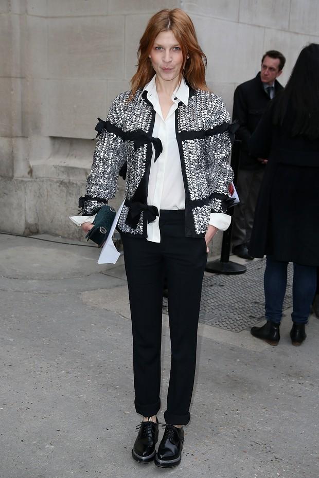 Clemence Poesy no desfile da Chanel em Paris (Foto: Getty Images)