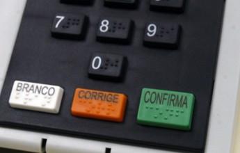 Ex-vice diz que Peter não bancou voto eletrônico na eleição do Fluminense