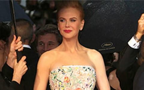 Julianne Moore e Nicole Kidman apostam no clássico em Cannes
