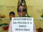 Tati Quebra Barraco pede para não ser fotografada durante enterro do filho