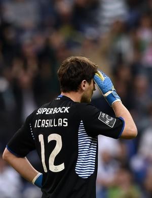 Casillas porto x sporting (Foto: AFP)