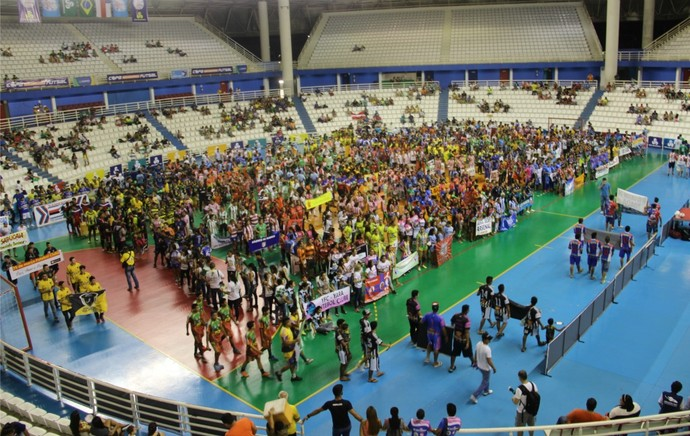 Abertura aconteceu na Arena Amadeu Teixeira (Foto: Marcos Dantas)