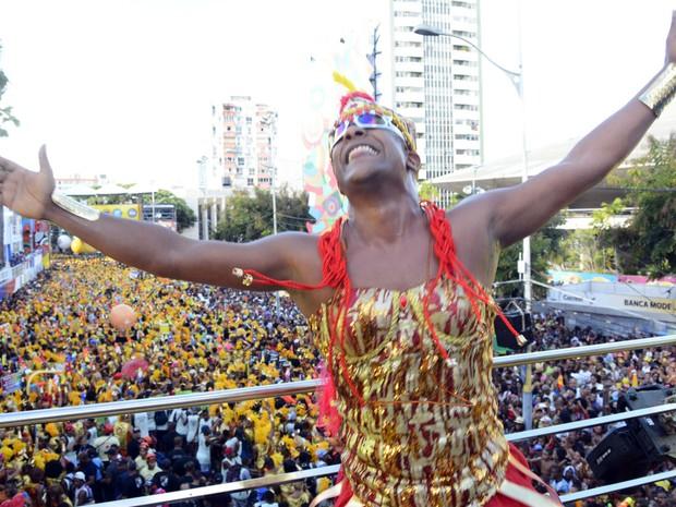 Márcio Victor no bloco As Muquiranas (Foto: André Carvalho/Ag Haack)
