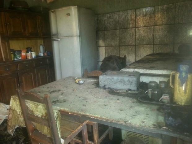 A suspeita é de que o incêndio tenha começado pela cozinha (Foto: Nilson Guedes/Arquivo pessoal)
