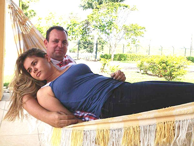 Prefeita Lidiane Leite acompanhada do então namorado Beto Rocha (Foto: Arquivo pessoal)