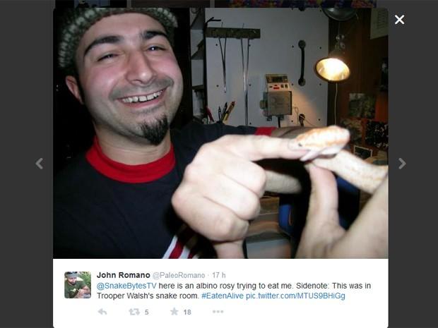 Espectadores do programa 'Eaten alive' fazem piada no Twitter após ficarem decepcionados com final do programa, que não mostrou apresentador 'engolido' (Foto: Reprodução / Discovery Channel)