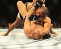 Serginho Moraes bate americano por decisão dividida e alfineta árbitros