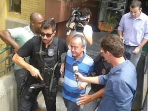 Nestor Cerveró chega ao IML para fazer exames médicos (Foto: Adriana Justi/G1)