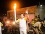Editor do GloboEsporte.com RN conduz a Tocha Olímpica em Natal