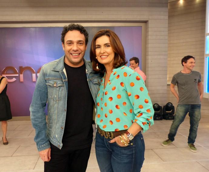 Fátima posa ao lado do ator Marcelo Médici (Foto: Viviane Figueiredo Neto/Gshow)