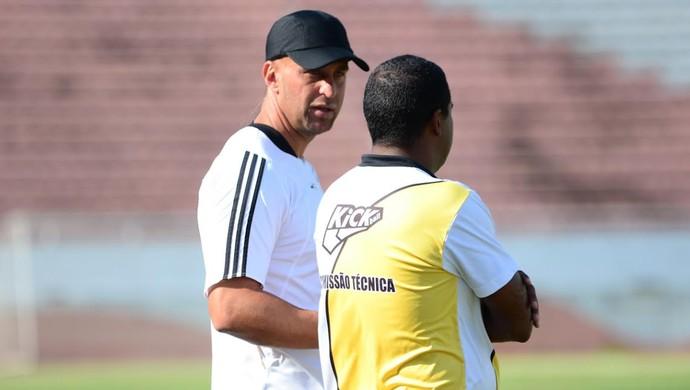 Bordon, técnico Rio Branco (Foto: Sanderson Barbarini/ Foco no Esporte)