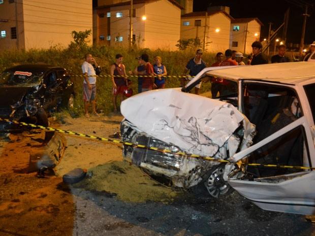 Acidente deixa um morto e um ferido no Acesso Oeste em João Pessoa (Foto: Walter Paparazzo/G1)