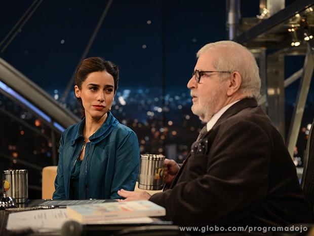 Lila Azam Zanganeh participa do Programa do Jô desta quarta-feira (Foto: TV Globo/Programa do Jô)