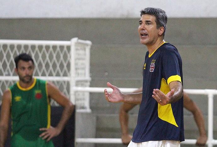 Dedé Barbosa Vasco basquete treino (Foto: Thiago Moreira/Vasco)
