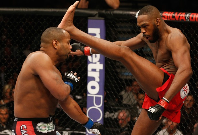 Jon Jones x Daneil Cormier - UFC 182 (Foto: GettyImages)