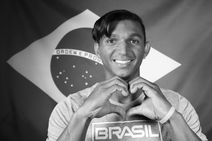 Isaquias Queiroz foi o primeiro brasileiro a conquistar três medalhas em uma Olimpíada (Foto: Carol Caminha/Gshow)