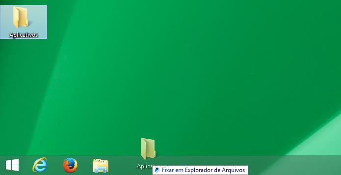 Arrastando a pasta Todos os aplicativos para a barra de tarefas (Foto: Reprodução/Edivaldo Brito)