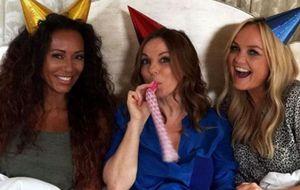 No aniversário de 20 anos do grupo, Spice Girls anunciam que vão voltar, sem Mel C e Victoria Beckham
