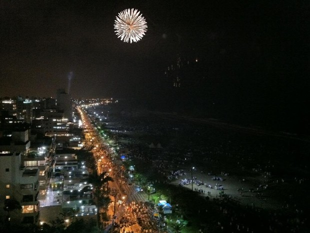 Ano Novo no Balneário de Caiobá, em Matinhos, litoral do Paraná (Foto: Sérgio Tavares Filho/G1)
